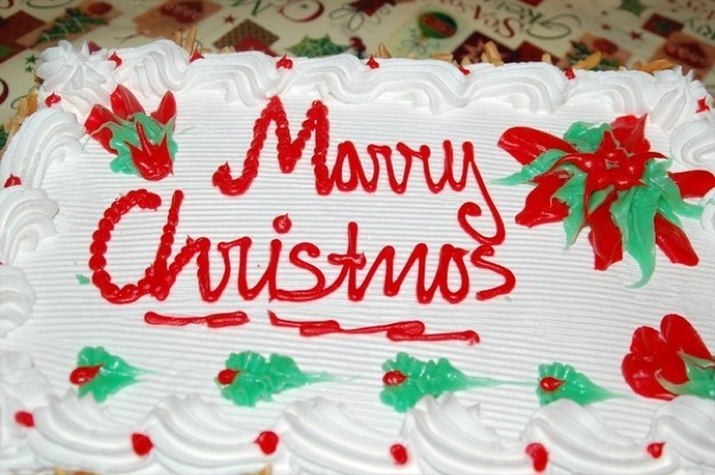 weirdest-cake-decoration-marry-christmas